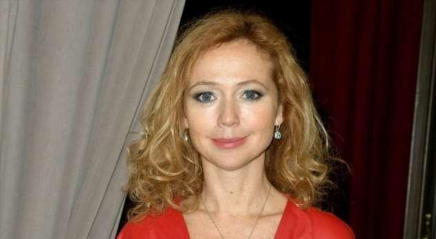 «Когда выйду замуж, тогда иотучу»: 44-летняя Елена Захарова рассказала, что будет идальше кормить грудью двухлетнюю дочь