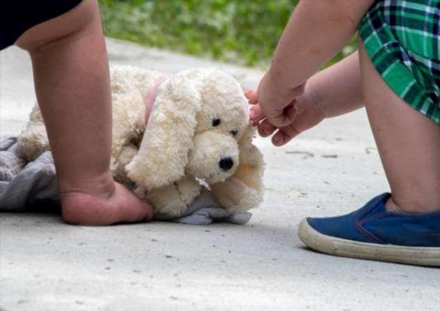 Как научить ребенка ценить свои вещи