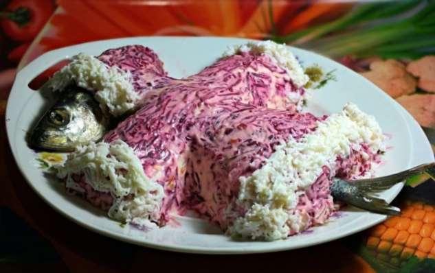 Почему сельдь оказалась под «шубой», или Как возникли популярные в СССР салаты